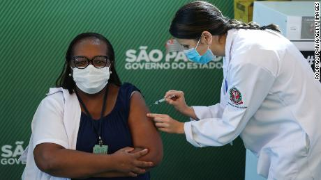 Brazil allows two vaccines for Covid-19 to be used in emergency situations