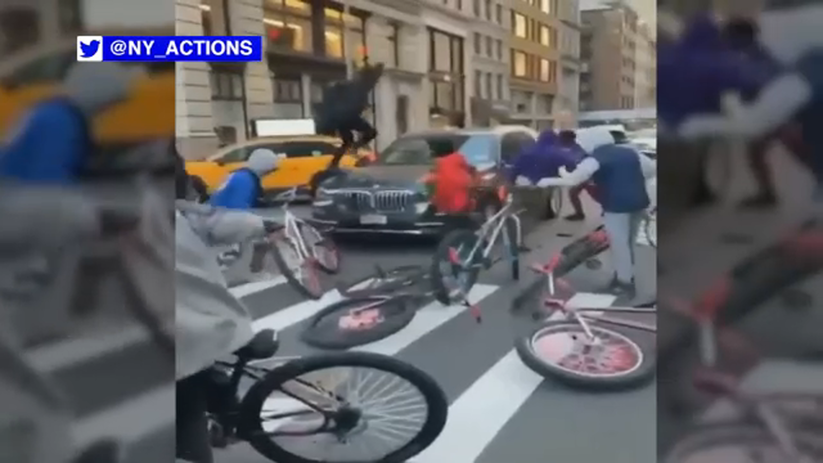 Drop charges against teenager in a biker attack in the city center;  The police make a new arrest