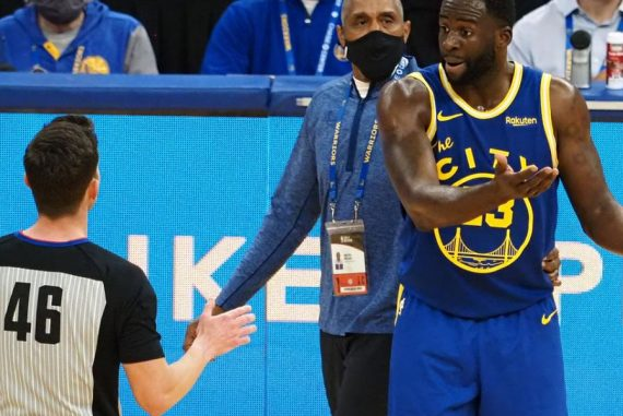 """Referees admitted that dismissing Draymond Green was a """"mistake,"""" says Steve Kerr"""
